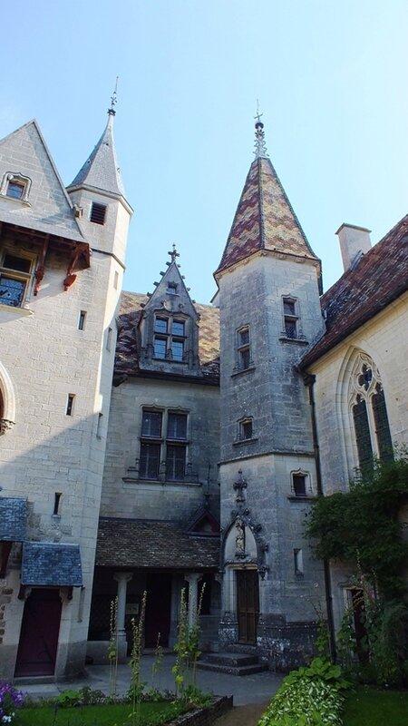 """Résultat de recherche d'images pour """"trevor chateau dijon"""""""