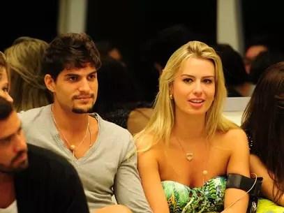Fernanda e André Foto: TV Globo / Divulgação