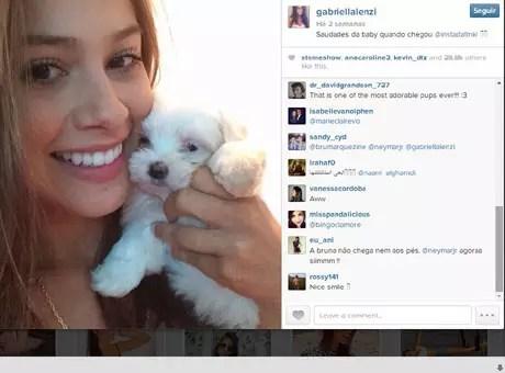 Gabriella Lenzi é comparada a Bruna Marquezine em comentários no Instagram Foto: Instagram @gabriellalenzi / Reprodução