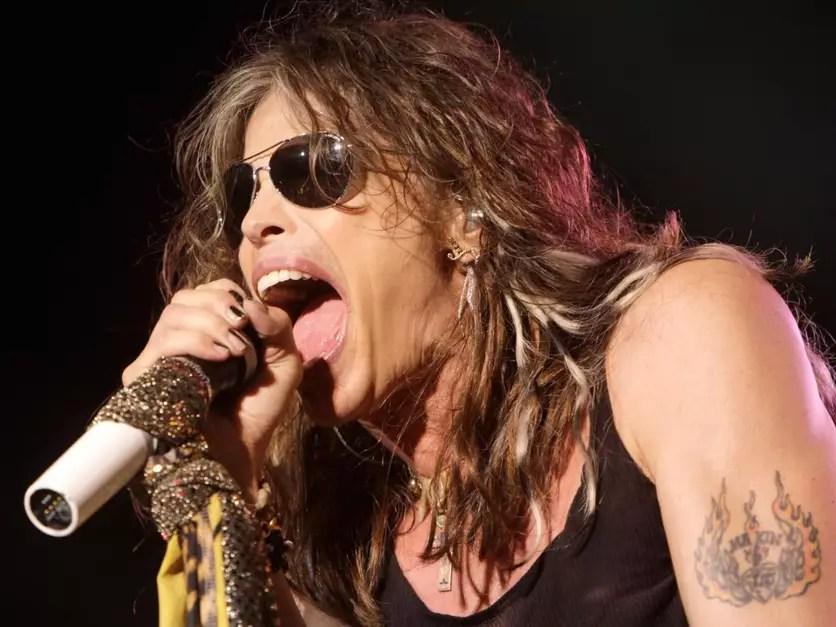 El cantante Ozzy Osbourne aspiró hormigas por su nariz porque perdió una apuesta. Foto: Reproducción Musicopolis.es