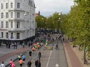 Corredores participam da maratona de Amsterdã Foto: Viviane Vaz / Especial para Terra