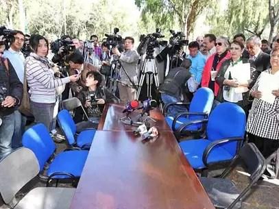 Los jóvenes que mantienen tomadas las instalaciones de la Dirección General del CCH rechazaron reanudar el diálogo convocado por la directora. Foto: Notimex