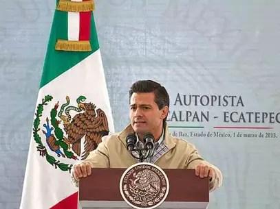 Marco Antonio Bernal, actual diputado federal del PRI, dijo que se busca con ello reconocer la militancia y liderazgo del presidente Enrique Peña Nieto. Foto: Reforma