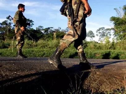 El gobierno colombiano mantiene un diálogo de paz con otros países para solucionar el problema de la guerrilla. Foto: Getty Images