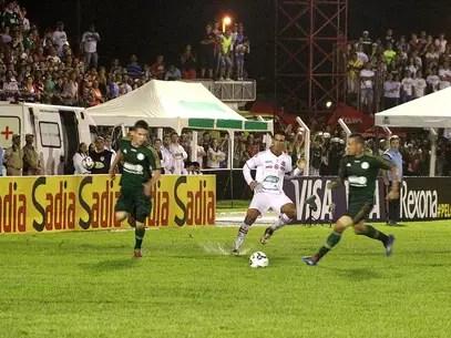 Palmeiras sofreu com gramado enlameado, mas venceu Foto: Futura Press