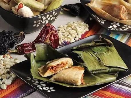 La Candelaria es una fiesta popular celebrada por los cristianos en honor de la Virgen de la Candelaria y que se celebra con tamales.