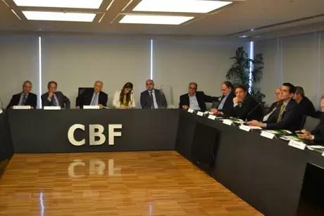 Iminente saída de Del Nero, que está licenciado do cargo, da presidência da CBF está provocando uma guerra política em seus bastidores