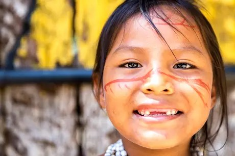 A alimentação indígena sempre teve como base verduras e legumes crus, assim os índios eram obrigados a mastigar muito bem os alimentos para poder ter uma boa digestão