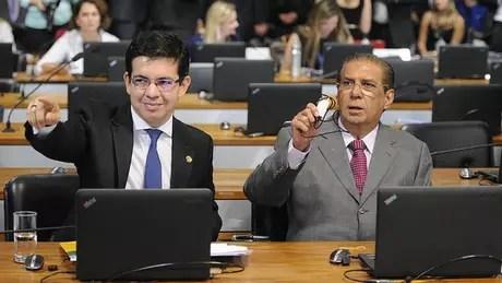 Relator da proposta, Randolfe Rodrigues (Rede-AP), afirma que há 34 mil pessoas com foro privilegiado no Brasil