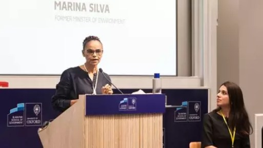 Resultado de imagem para Brasil não vai mudar com 'grande pai, grande mãe, ou salvador da pátria', diz Marina Silva