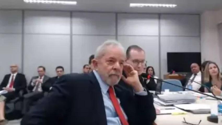 Não há um limite para o número de habeas corpus que Lula pode apresentar ao STF ou a outros tribunais do país. Porém, é preciso que cada uma das petições tenha motivações diferentes, explica o advogado criminalista Fernando Castelo Branco.