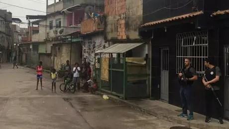 Em um espaço de apenas cinco dias em janeiro, dois moradores de Manguinhos foram mortos na esquina da Rua São Daniel em circunstâncias parecidas