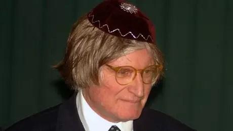Rabino se negou a aceitar a versão do Exército de que Herzog tinha se matado enforcado