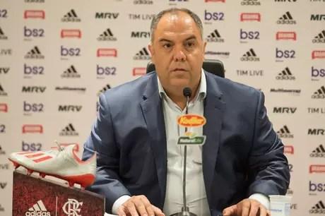 Marcos Braz conversou com a imprensa no Ninho do Urubu (Foto: Alexandre Vidal/Flamengo)