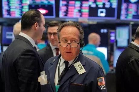 Operadores trabalham na Bolsa de Nova York, EUA 21/01/2020 REUTERS/Brendan McDermid