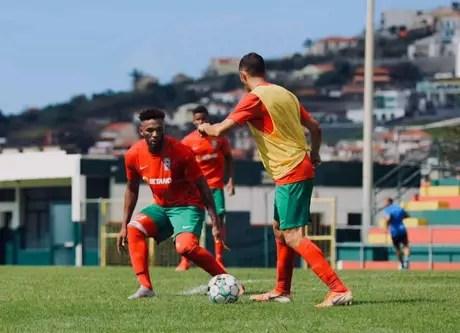 Jean Cléber projeta fazer 100 jogos com camisa do clubes português (Divulgação/Marítimo)