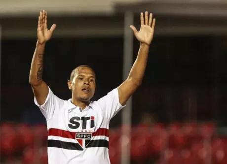 Luis Fabiano está internado com Covid-19 (Foto: Miguel Schincariol/ LANCE!Press)