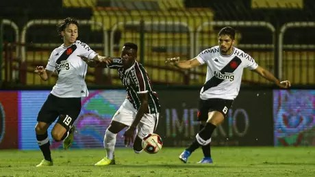 Galarza and Andrey had good appearances in this one (PHOTO: LUCAS MERÇON / FLUMINENSE FC)