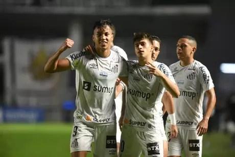 Kaio Jorge é o artilheiro do Santos na temporada