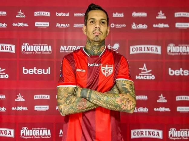 Victor Ramos confia em uma boa reta final de Série B com o CRB (Foto: Divulgação / CRB)