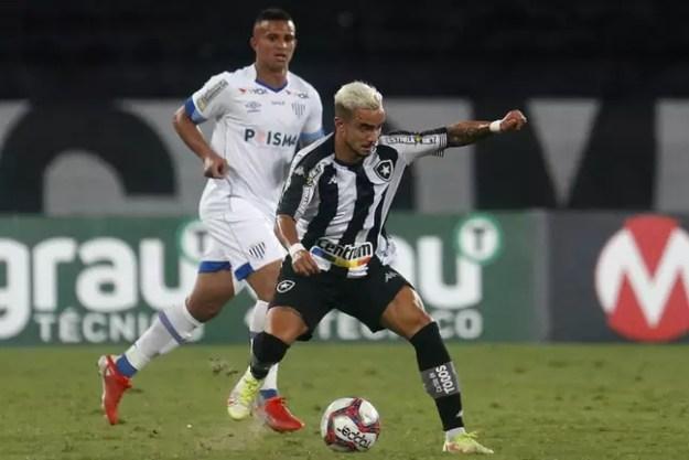 Rafael em ação pelo Botafogo (Foto: Vítor Silva/Botafogo)