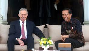 Photo of Tony Blair Sebut Pemindahan Ibu Kota Visi Luar Biasa