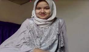 Photo of Hijabers Muda Masuk Unair Usia 15 Kuncinya Belajar Dan Berdoa