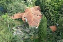 Photo of Rumah Mewah Terbengkalai Di Bandung Barat Dan Kesaksian Warga