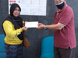 Photo of PC P2Tel Malang Menyerahkan Dakem Kpd Alm 3 PMP
