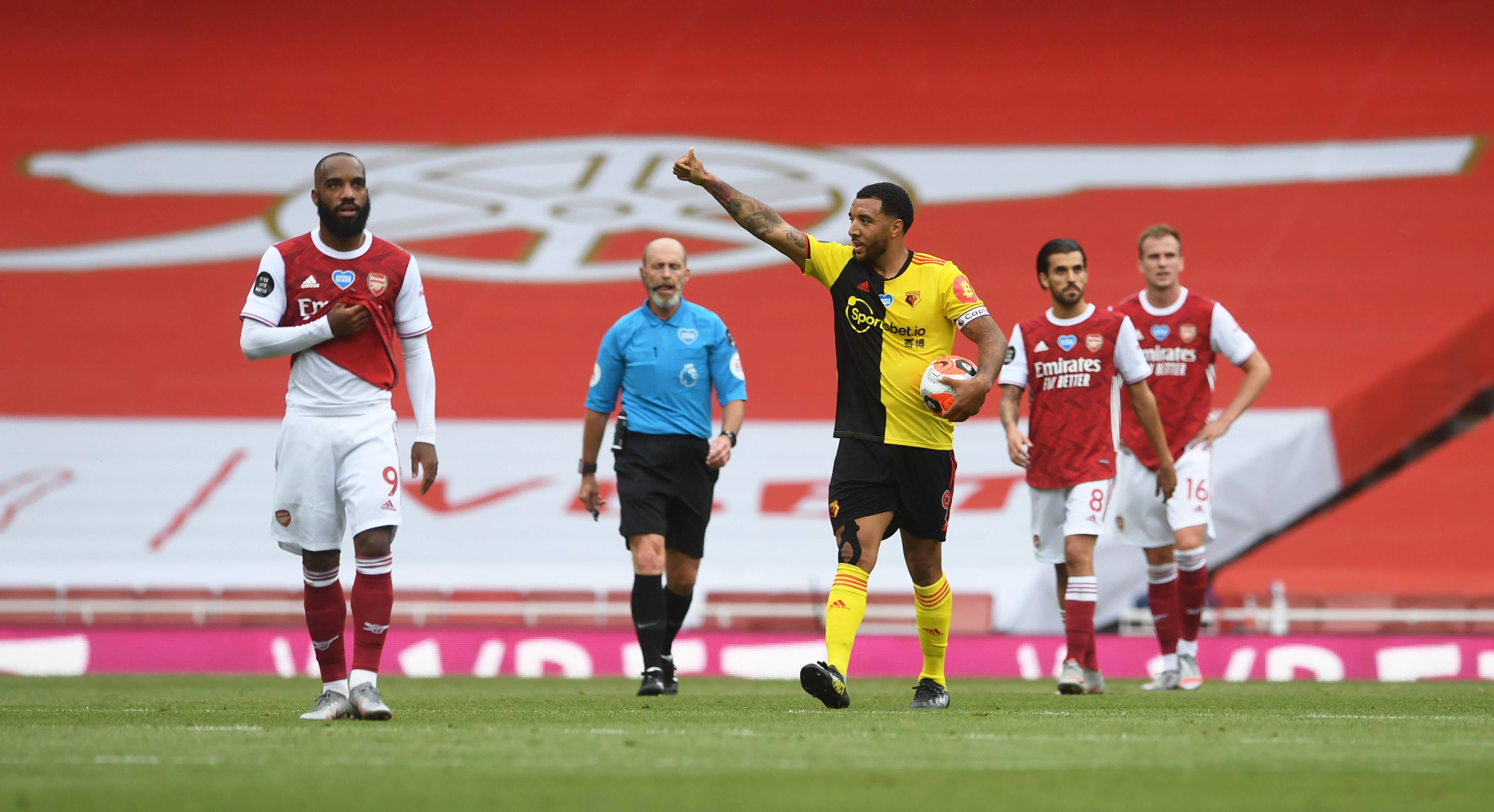 足球——英超:阿森納勝沃特福德_比賽