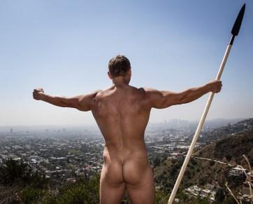 Ingen kan si at Daniel ikke byr på seg selv i Los Angeles. (Foto: Lars Haugdal Andersen, NRK)
