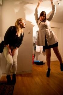 Elida på vors med sine venner. (Foto: Anne Dorte Lunås, NRK)