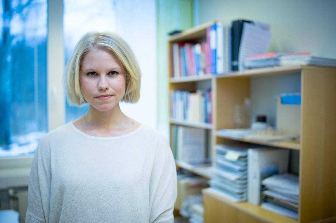 Christine Dahl er psykologen som er ansvarleg for Shirin si autismeutgreiing. (Foto: Lars Erik H. Andreassen, NRK)