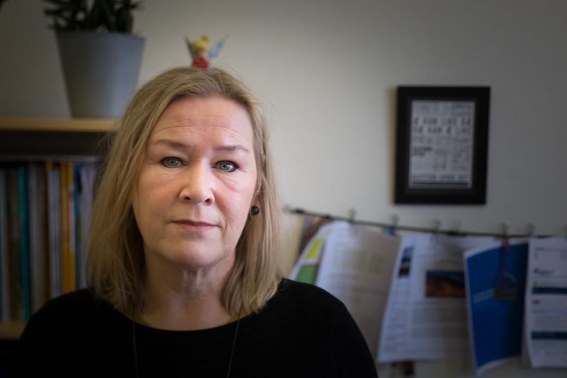 – Vi i Regionalt ressurssenter om vold, traumatisk stress og selvmordsforebygging (RVTS) har kjent til det i lengre tid, at det har vært en opphopning av selvmord i Selbu, forteller Rita Småvik, rådgiver ved RVTS. (Foto: Anne Dorte Lunås, NRK)