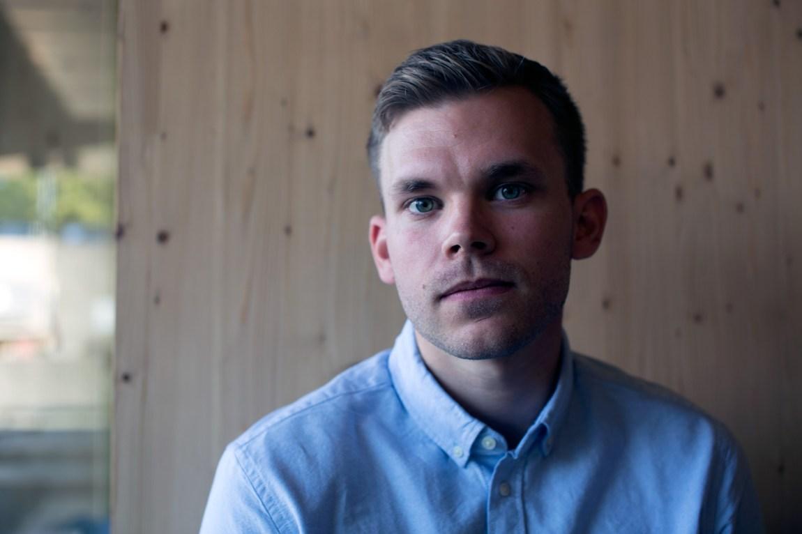 Fredrik Svendby Engen har søkt på en haug med politistillinger de siste månedene - uten å få napp. Foto: Nora Brønseth, NRK P3