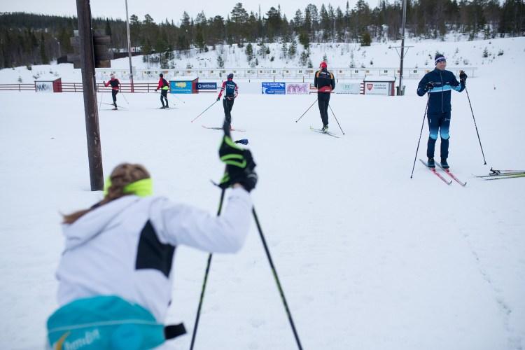 Magni er misfornøyd med sin egen innsats i Norgescupen, og hun har bestemt seg for å tenke nytt før neste renn - Kretsmesterskapet. Der skal hun også møte sin argeste konkurrent. Foto: Munck Studios