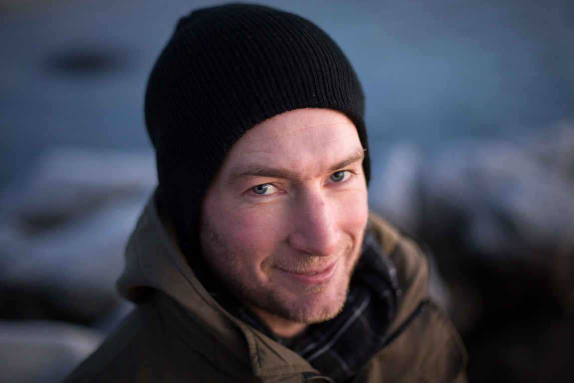 Ekstremsportforsker Audun Hetland har selv hoppet base. – Jeg var livredd før det første hoppet. Foto: Rebecca Hetland