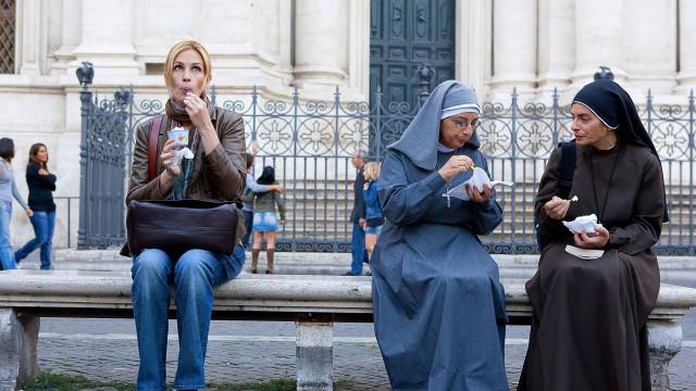 Julia Roberts i Roma i Spis elsk lev. (Foto: Walt Disney Studios Motion Pictures Norway)