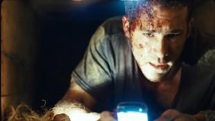 Ryan Reynolds føler seg innesperret i Buried. (Foto: Scanbox)