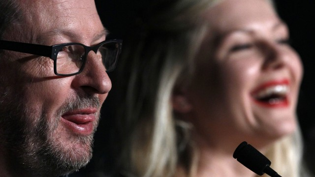 Lars von Trier og Kirsten Dunst - pressekonferanse Melancholia - Cannes 2011. (Foto: REUTERS/Yves Herman)