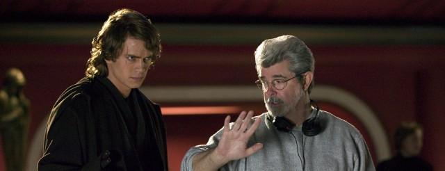 """George Lucas regisserer Hayden Christensen i """"Revenge of the Sith"""". (Foto: Twentieth Century Fox Norway)"""