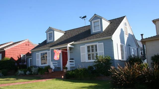 Huset hvor dama bodde i serien. (Foto: NRK)
