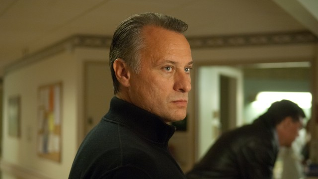 Michael Nyqvist som bad guy? Alt går an i Abduction (Foto: Nordisk Film Distribusjon AS).