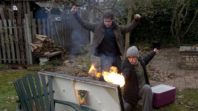 Seth Rogen og Joseph Gordon-Levitt friker ut i 50/50 (Foto: Star Media Entertainment).