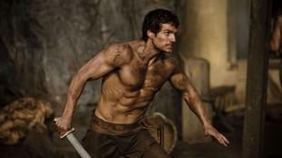 Henry Cavill spiller Theseus i Immortals (Foto: Nordisk Film Distribusjon AS).