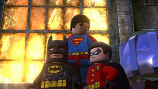 Batman, Supermann og Robin poserer i Lego Batman 2: DC Super Heroes (Foto: Warner Bros. Entertainment).