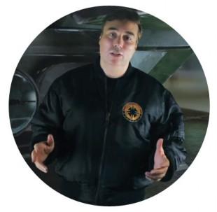 Chris Roberts forklarer sine visjoner. (Foto: Roberts Space Industries)