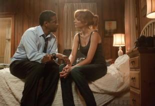 Denzel Washington og Kelly Reilly i Flight (Foto: United International Pictures).
