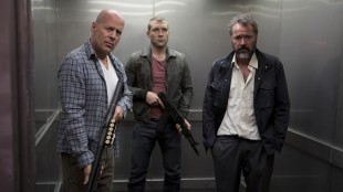 Jai Courtney, Bruce Willis og Sebastian Koch i A Good Day to Die Hard (Foto: 20th Century Fox).