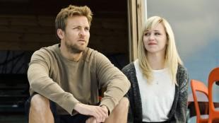 Tobias Santelmann og Marie Blokhus i Jag etter vind (Foto: Motlys / Norsk Filmdistribusjon).